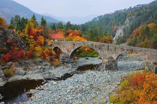 I monumenti della Valle: il ponte sull'Orba